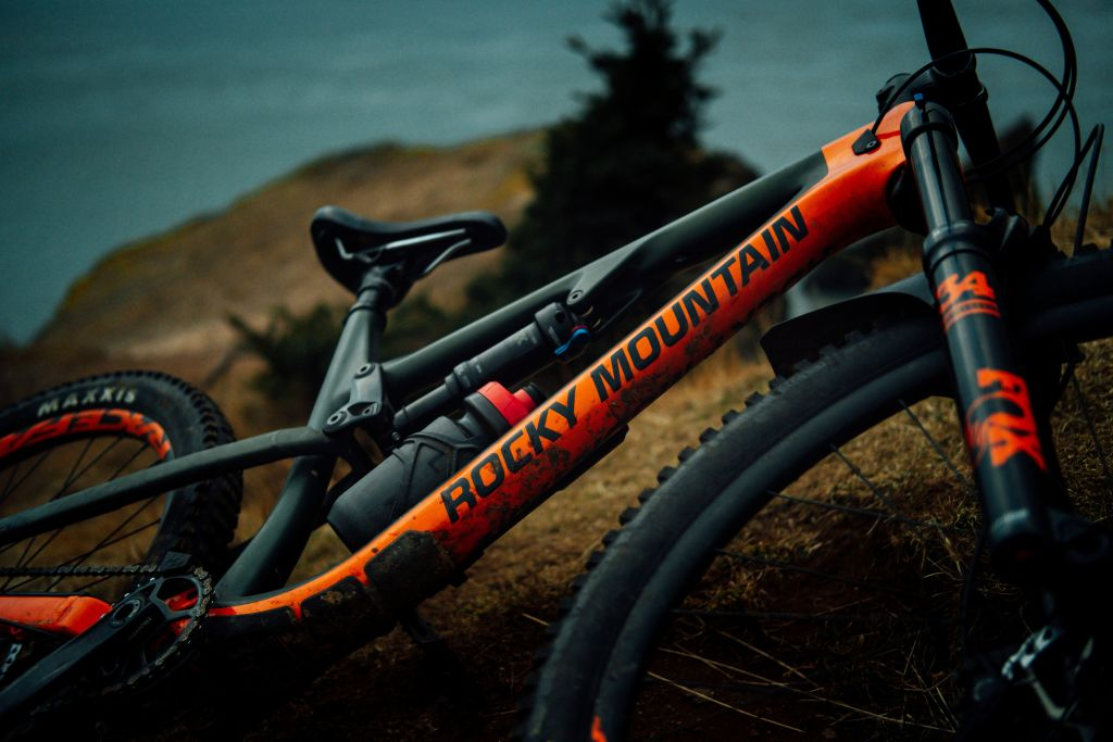 Rocky Mountain Bicycle (c) Tim Foster @ Unsplash